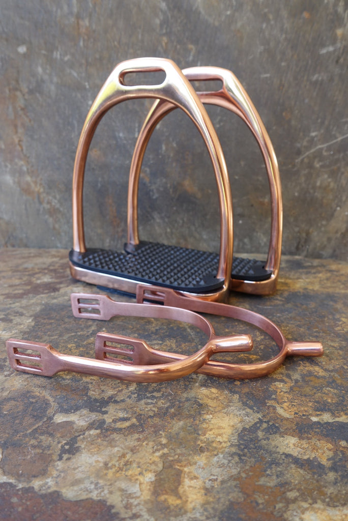 Spurs & Stirrups for horses - Classic Copper Rose coloured - The set