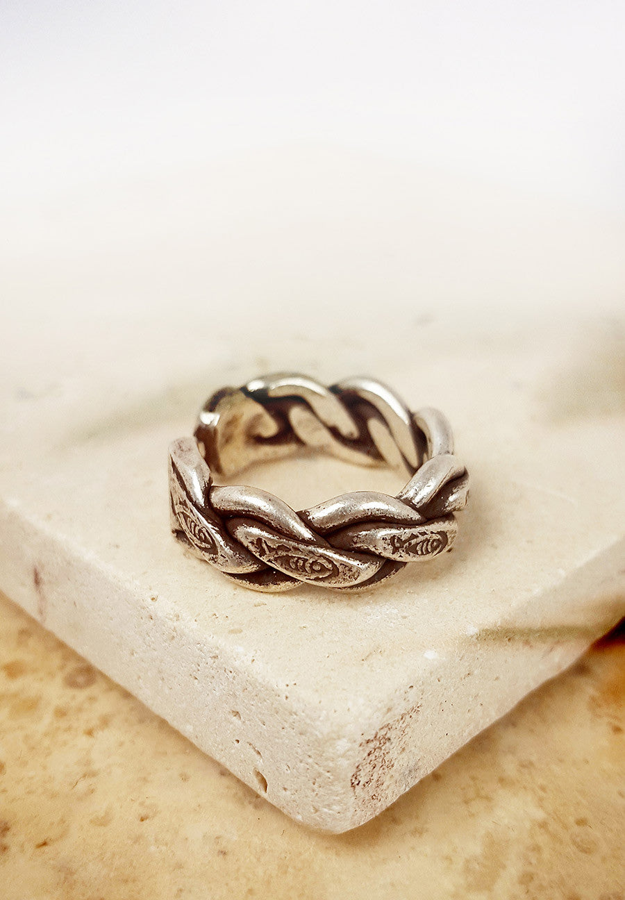 The Fisher Woman's Ring