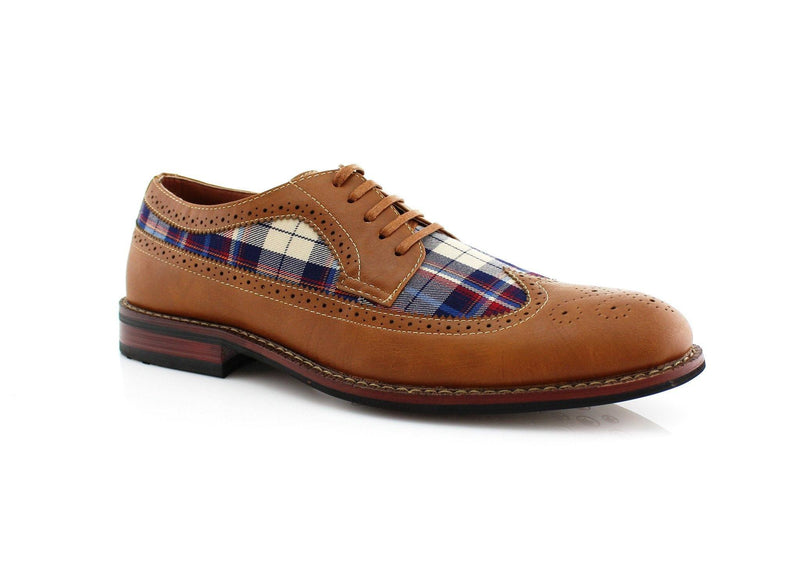 Brown Vintage Plaid Texture Brogue Wingtip Shoe Side View