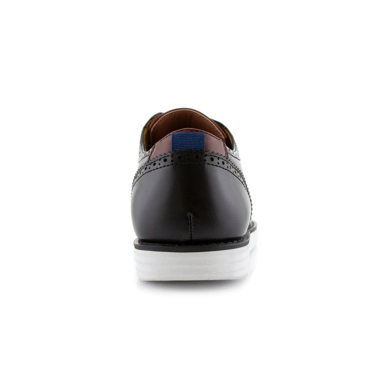 Travel-Friendly Derby Black Sneaker with Memory Foam Back