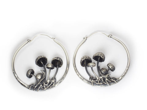 mushroom hoop earrings with snails