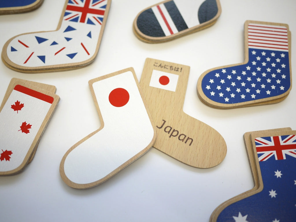 World flags wooden memory game