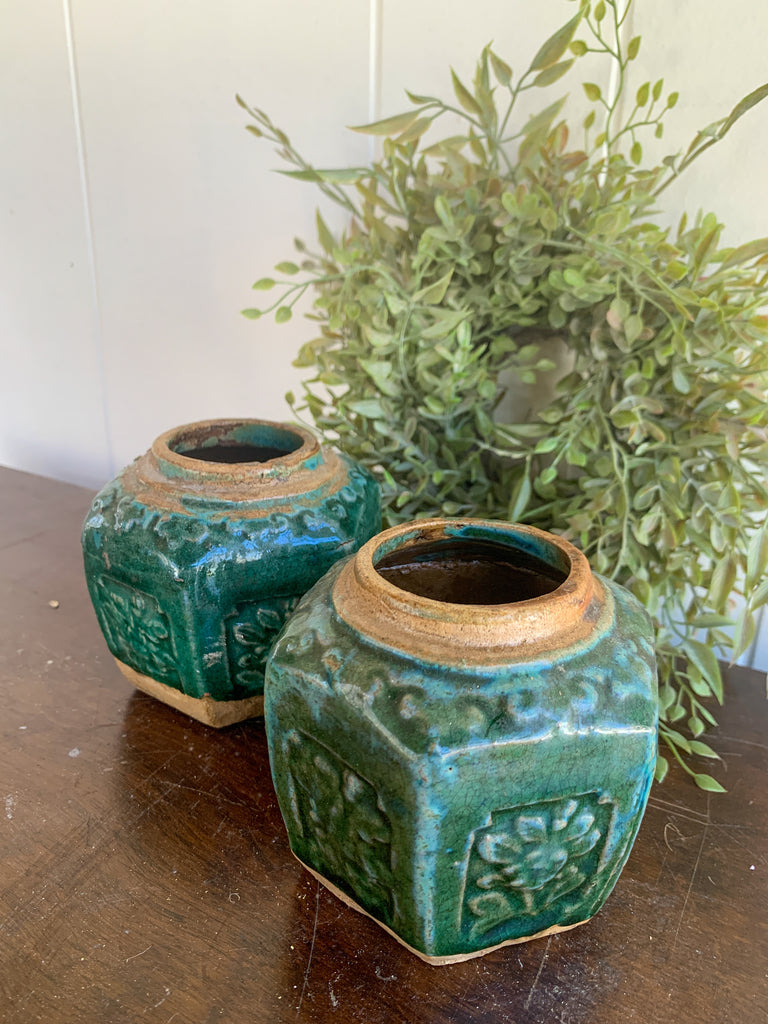 Set of 2 Pottery Planters