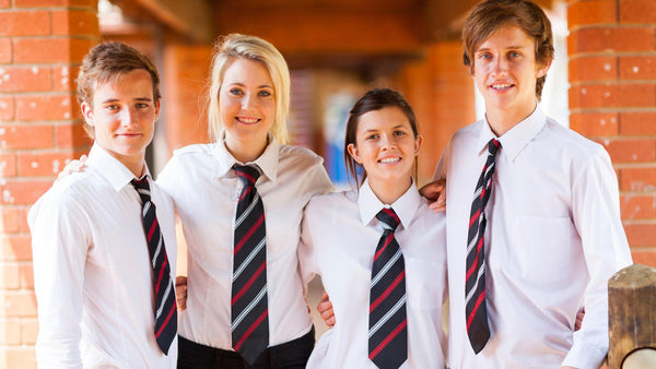 10 Pros and Cons of School Uniforms
