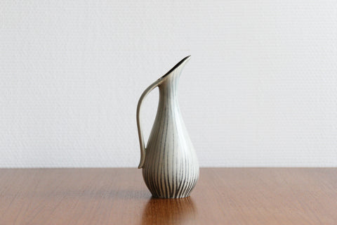 U Keramik Pitcher Vase