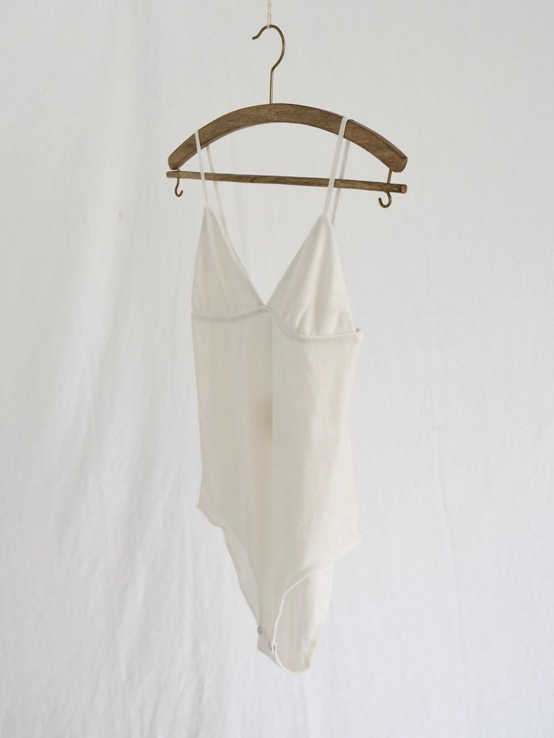 BASERANGE | MISSISSIPPI  BODY | WHITE VELOUR