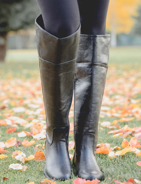 How The Non-Equestrian Wears Riding Boots