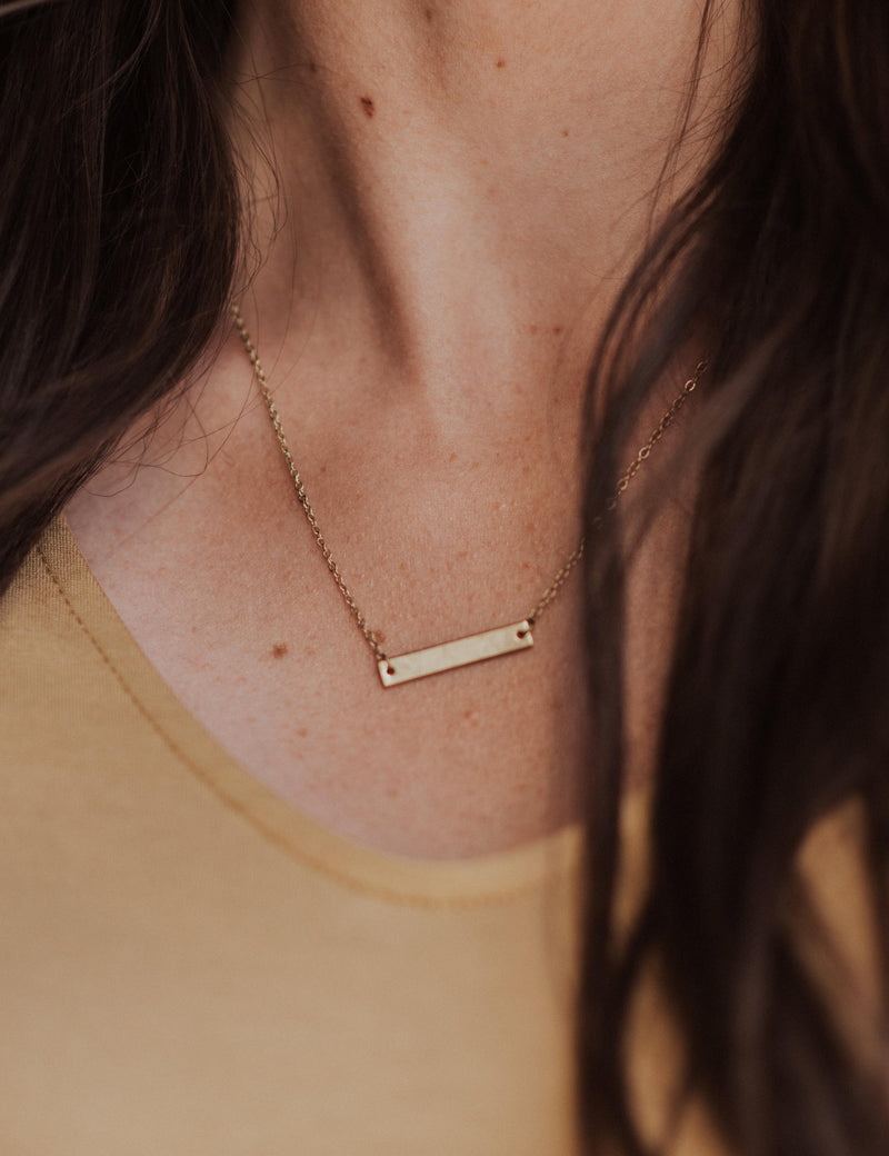 Basic Bar Necklace