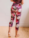 SA Exclusive Blooming Love Capri Leggings