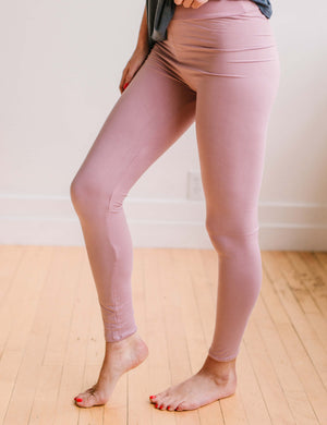 SA Exclusive Dusty Rose Solid Leggings