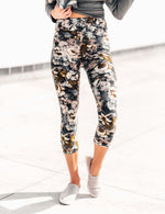 SA Exclusive Falling for Floral Capri Leggings