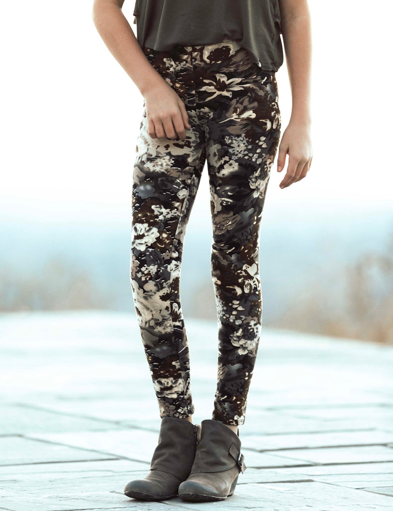 SA Exclusive Little Girl Falling for Floral Leggings