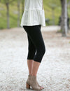 SA Exclusive Black Solid Capri Leggings