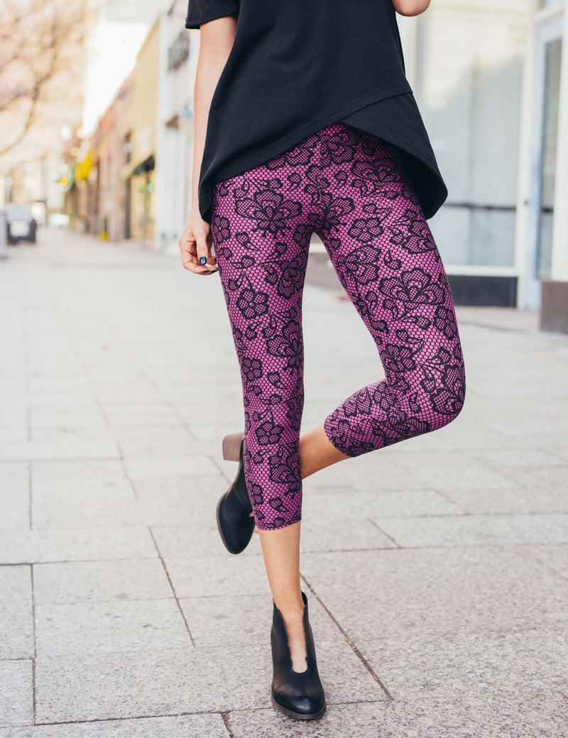 SA Exclusive Sweet As Lace Capri Leggings
