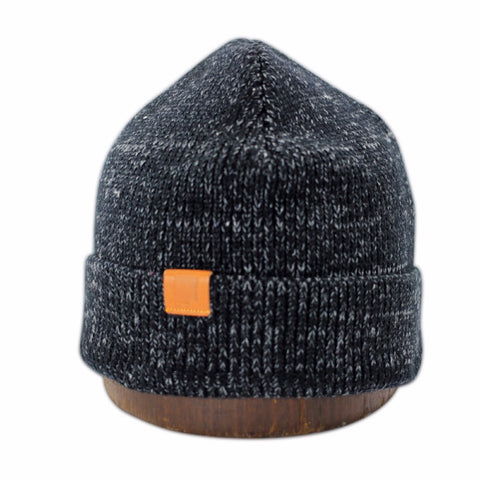 Mystery Beanie | Black | Leather label