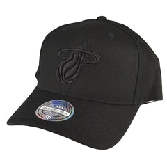Mitchell & Ness - All Black Logo 110 Snapback - Miami Heat - Cap City