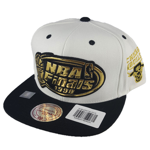 Mitchell & Ness - Mist Gold '97 - '98 6 Rings Collection White Snapback - Chicago Bulls