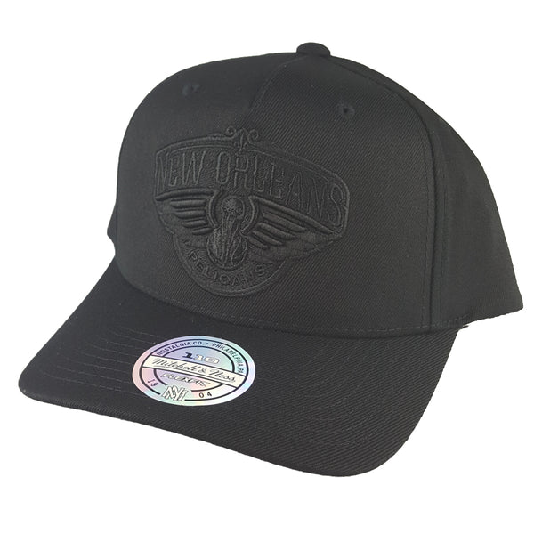 Mitchell & Ness - All Black Logo 110 Pinch Panel Snapback - New Orleans Pelicans