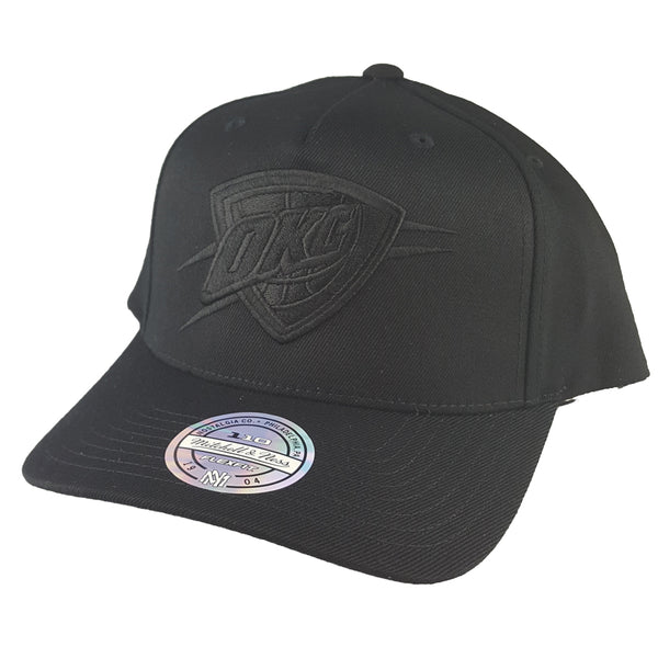 Mitchell & Ness - All Black Logo 110 Pinch Panel Snapback - Oklahoma City Thunder
