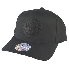Mitchell & Ness - All Black Logo 110 Pinch Panel Snapback - Philadelphia 76ers