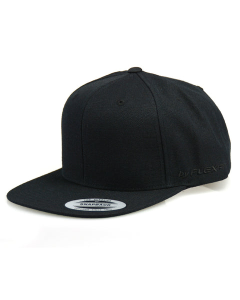 Flexfit - The Classic Snapback Cap - Black