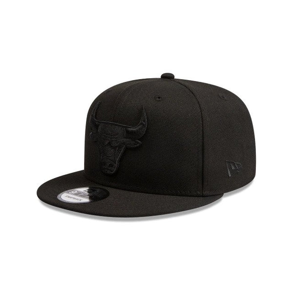NEW ERA 9FIFTY - Black on Black - Chicago Bulls
