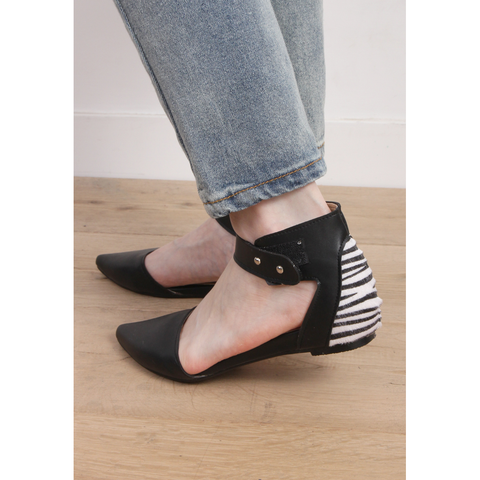 Zebra Back Flat Shoes