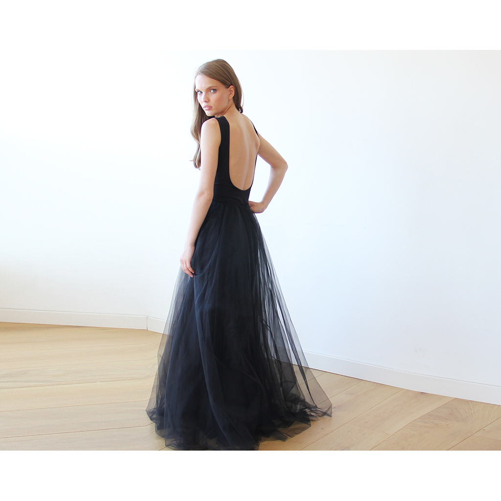 Backless Black Sleeveless Tulle Maxi Dress  1086