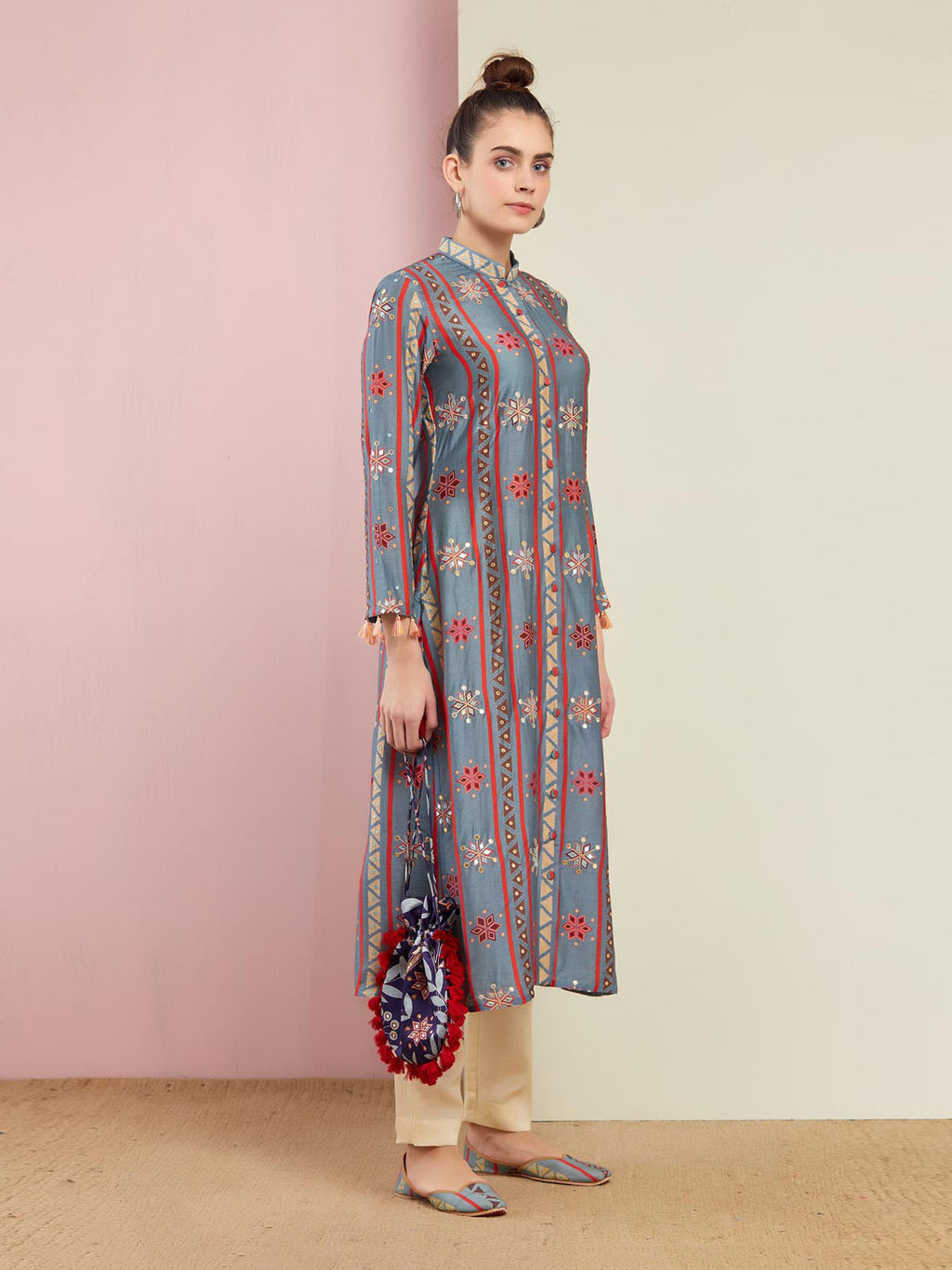GREY STRIPE EMBROIDERED FRONT OPEN KURTA WITH PANTS
