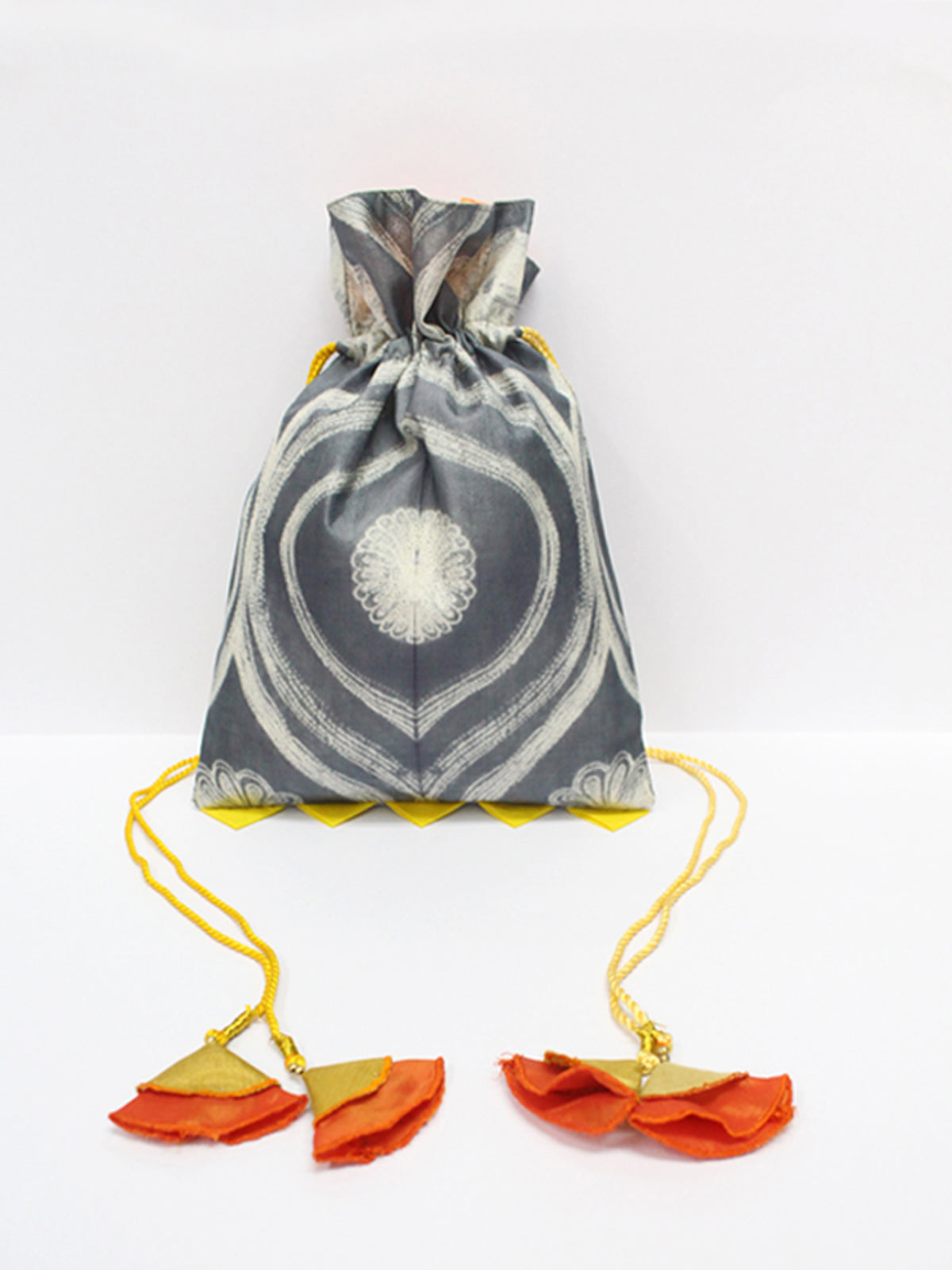 GREY SHIBORI POTLI BAG