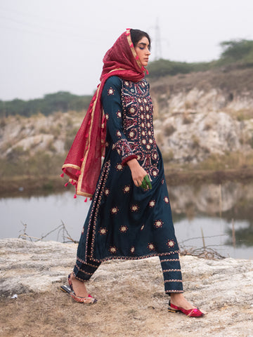Morbagh Teal embroided Yoke Kurta, pants and dupatta