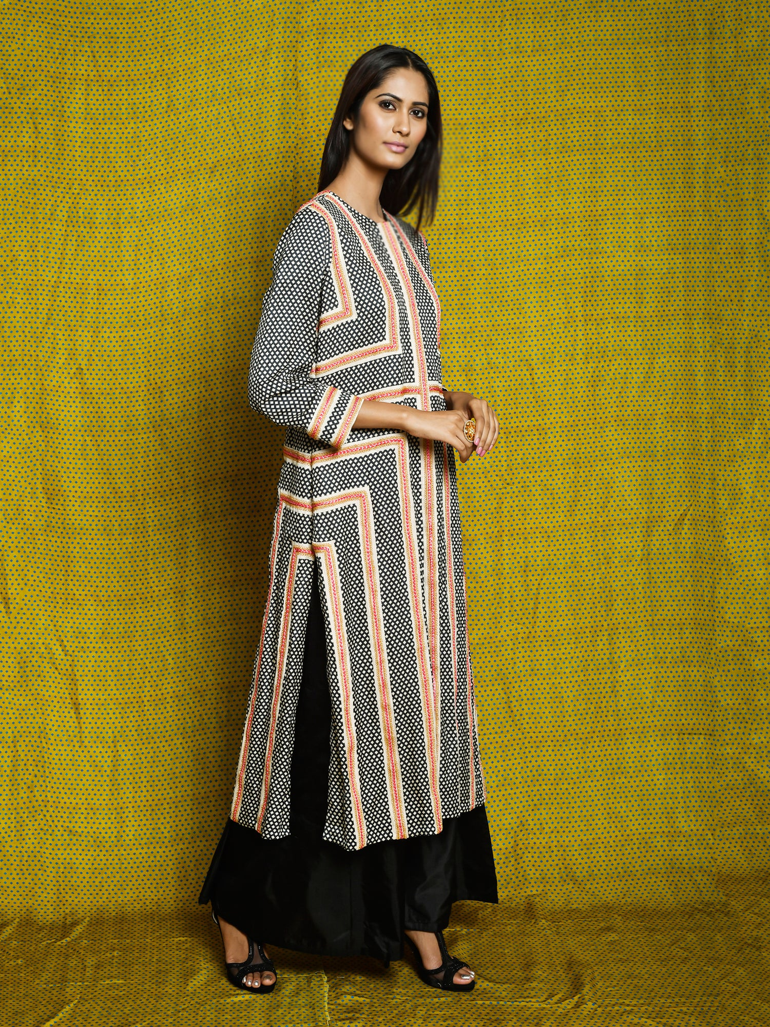 Vintage Garden Monochrome Braid Kurta Set