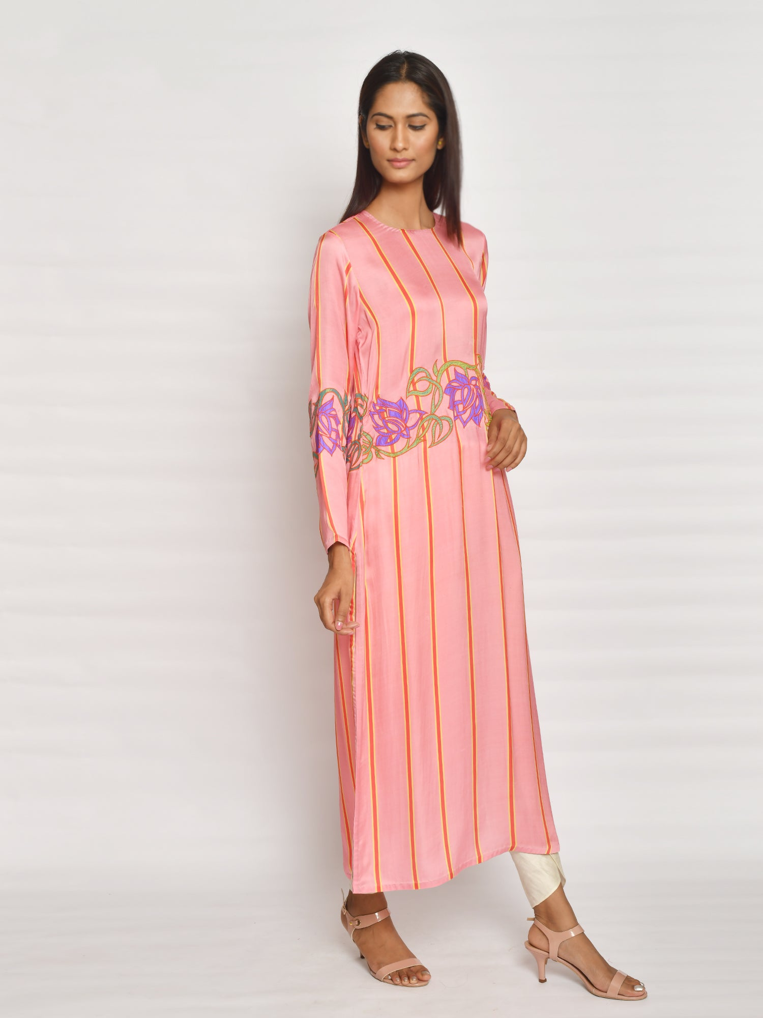 BLUSH STRIPE APPLIQUE KURTA
