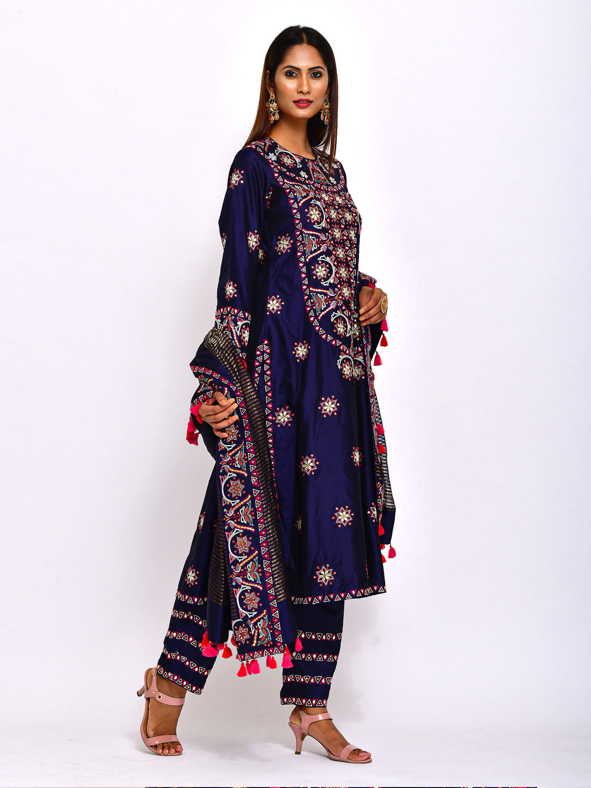 EKRANG NAVY BLUE KURTA SET