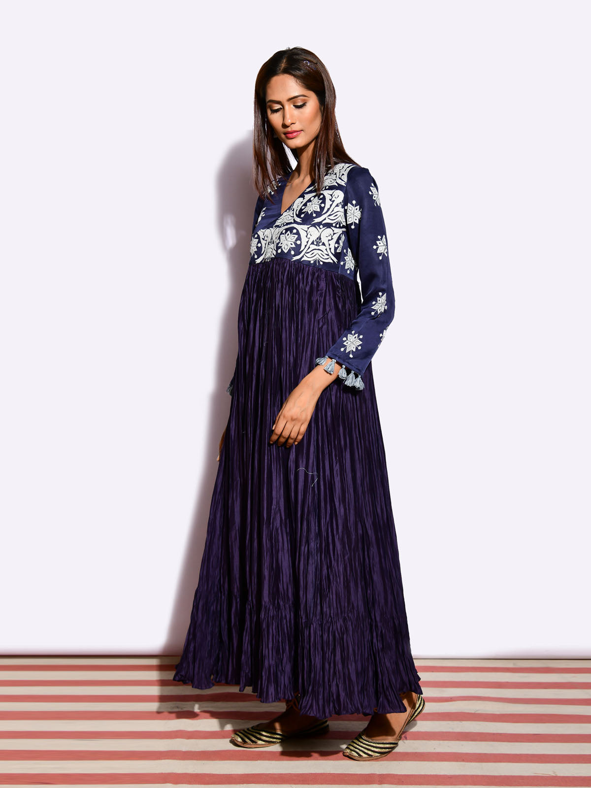 TOTA NAVY CRUSHED WRAP STYLE APPLIQUE DRESS