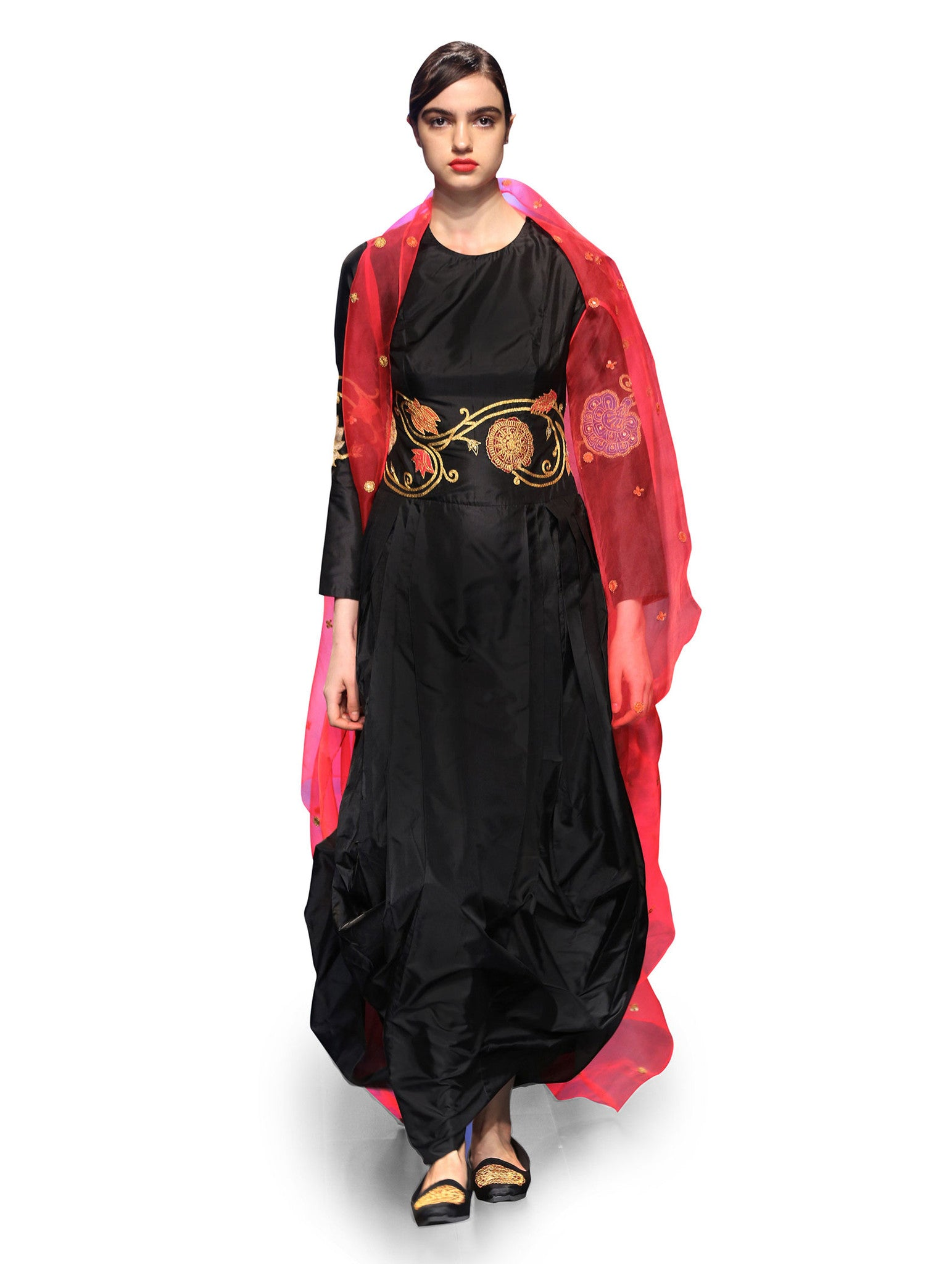 RAAS BLACK APPLIQUE DRESS WITH ORGANZA CAPE