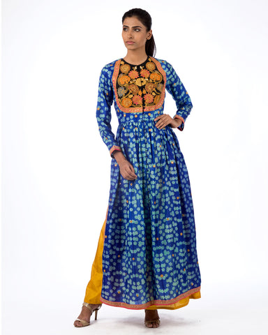 RAAS BLUE MARODI EMBROIDERED KURTA SET