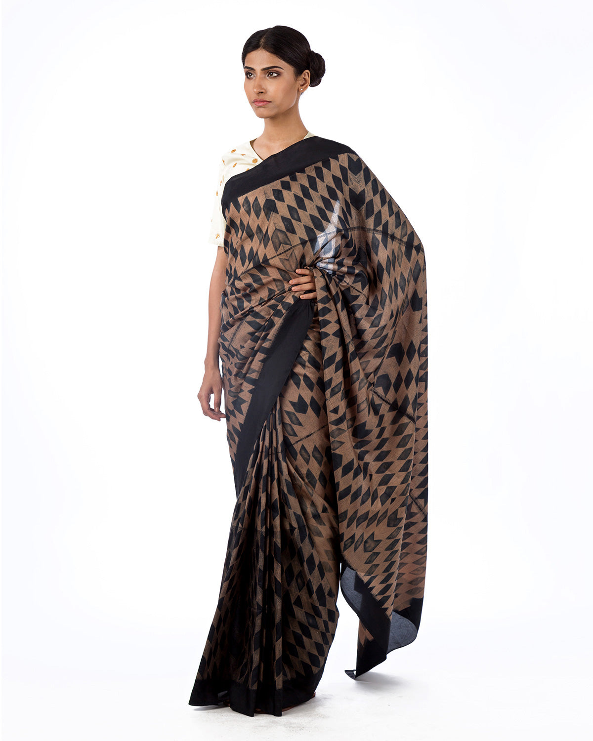 Beige Black Kilim Shibori Saree Set