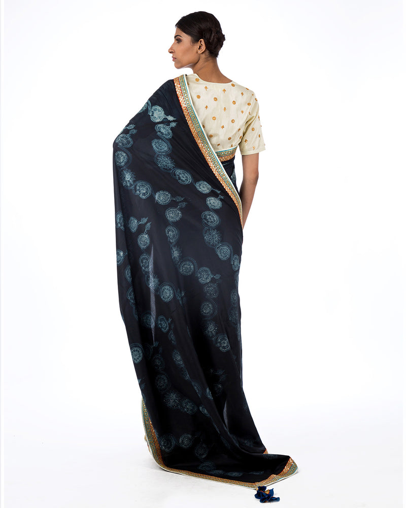 Charcoal Floral Scallop Shibori Silk Saree Set
