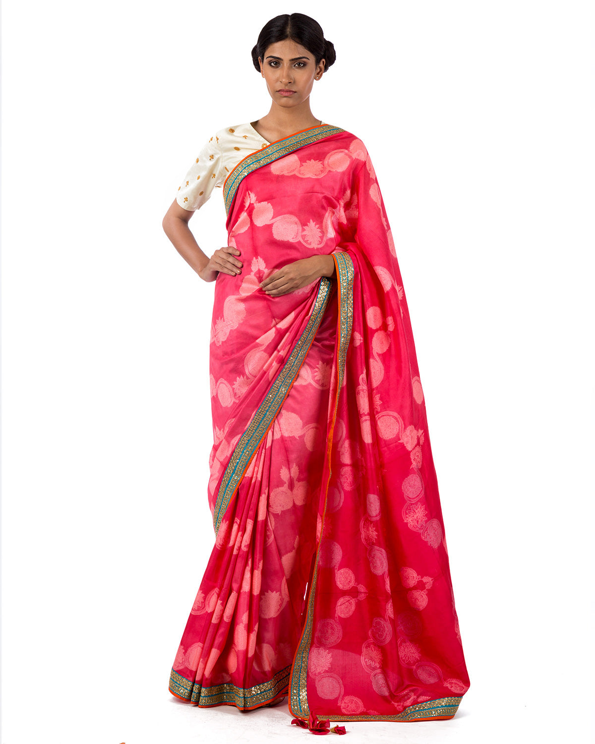 Berry Floral Scallop Shibori Silk Saree Set