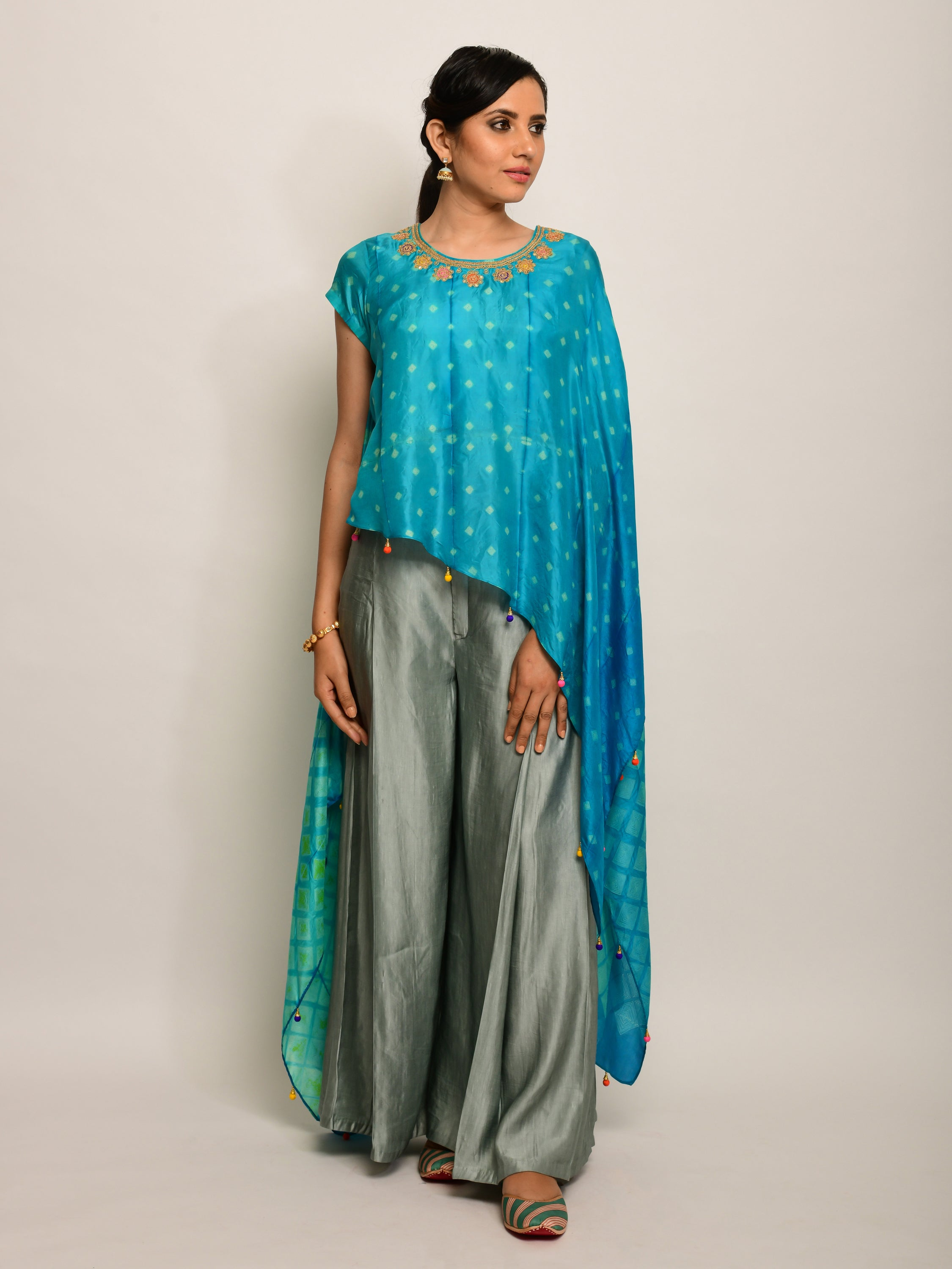 PATANG EMBROIDED SHIBORI TURQUOISE  CAPE