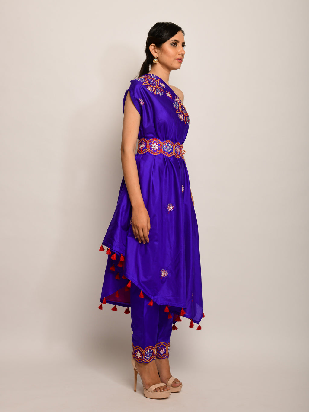 MORBAGH purple embroidered  one shoulder cape with pants