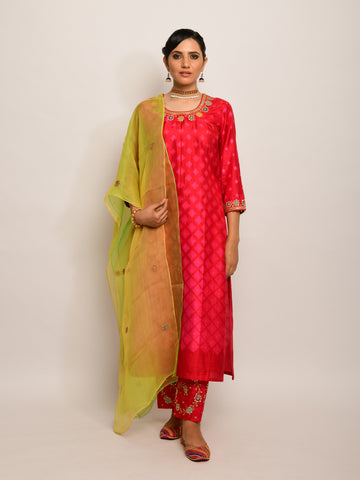 PATANG EMBROIDED SHIBORI RED/ PINK  STRAIGHT KURTA  SET
