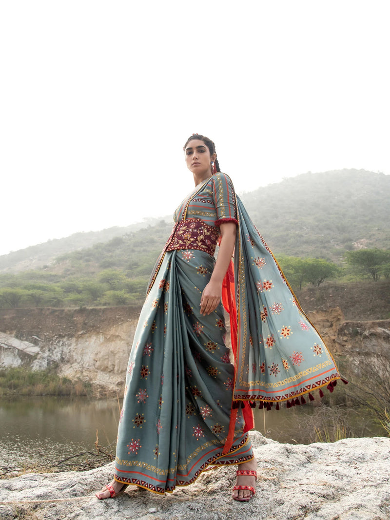 MORBAGH GReY FLORAL  SAREE WITH  BLOUSE