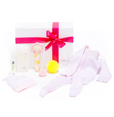 Newborn baby girl hamper - Custom Hampers Studio