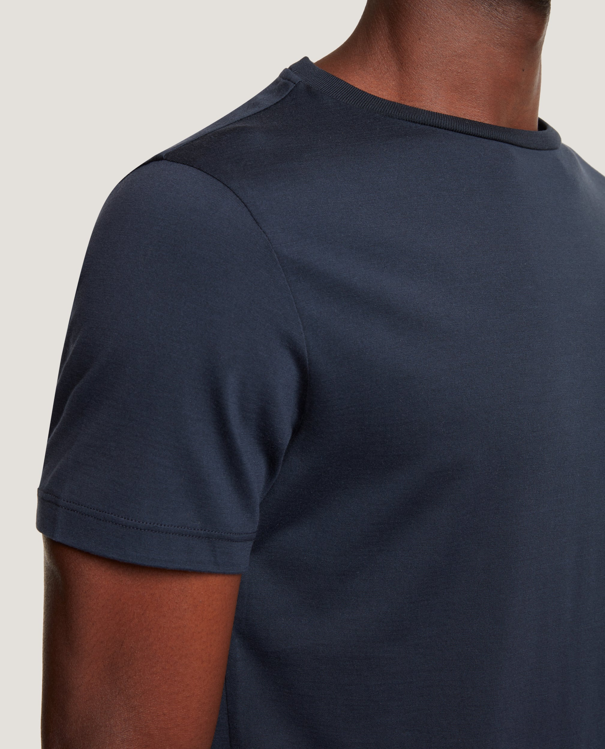 LOTHAR T-shirt | Silk Blend | Night Blue
