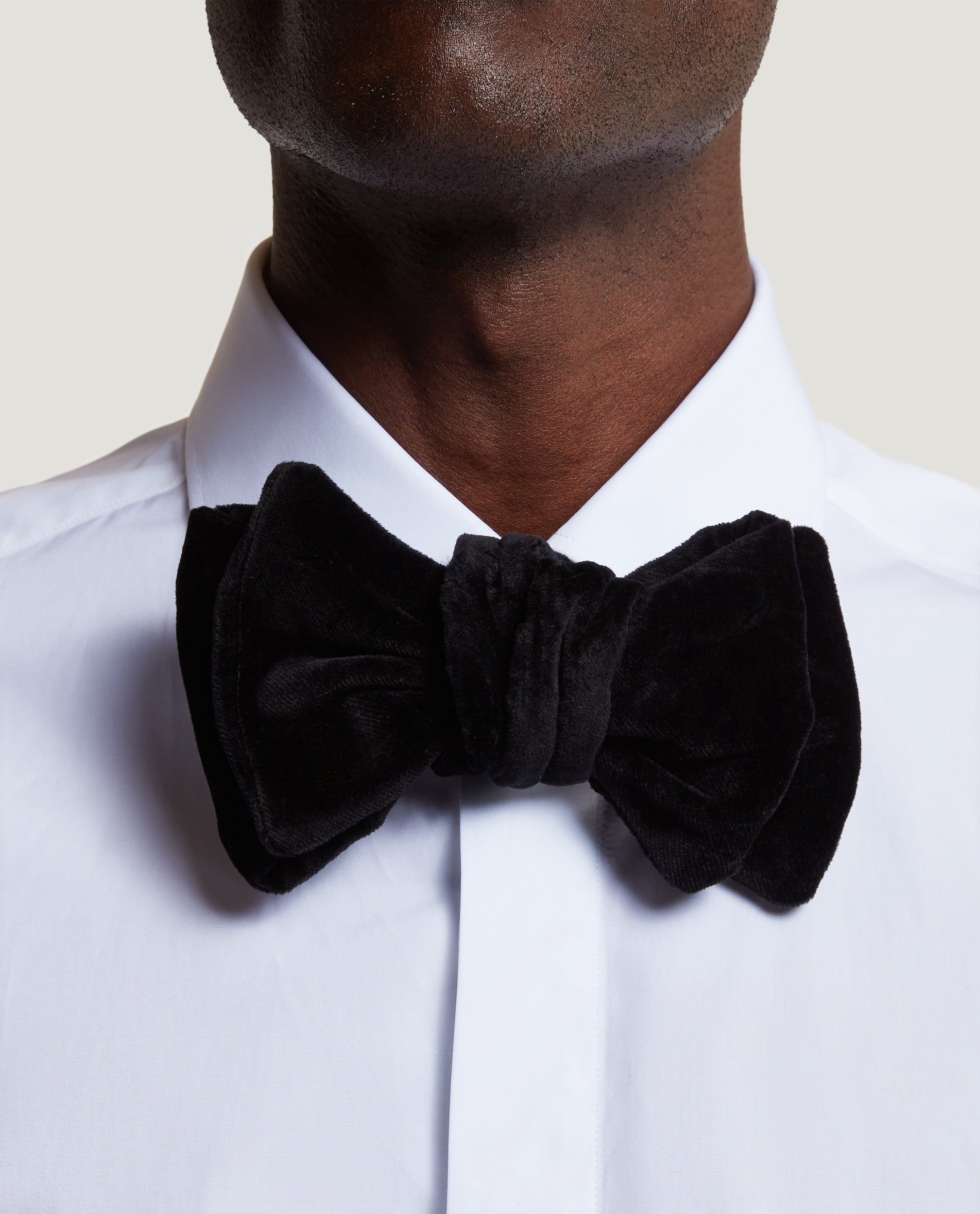 ALEX Velvet bow tie | MR PORTER EXCLUSIVE