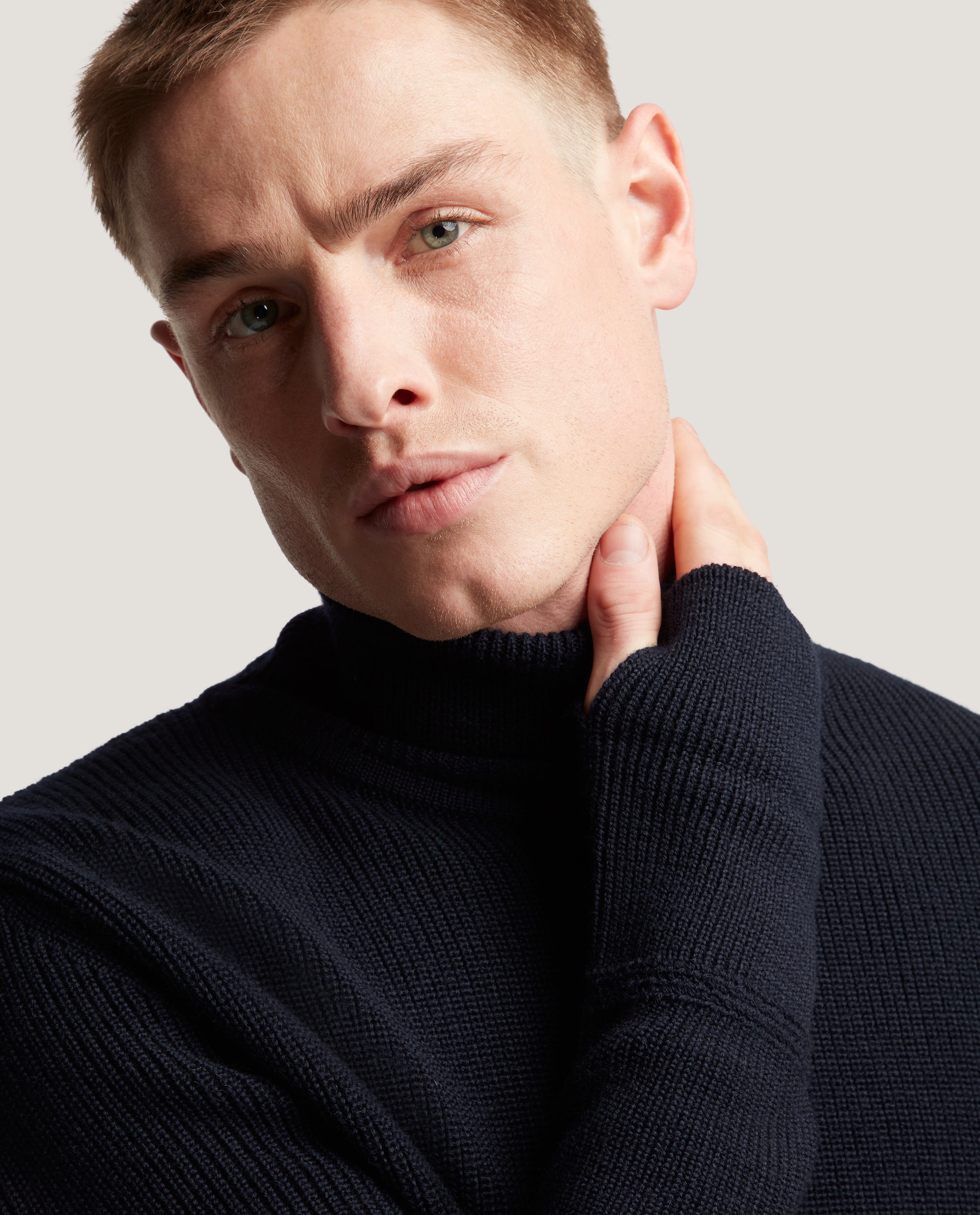 ART Virgin wool rollneck sweater | Night Blue