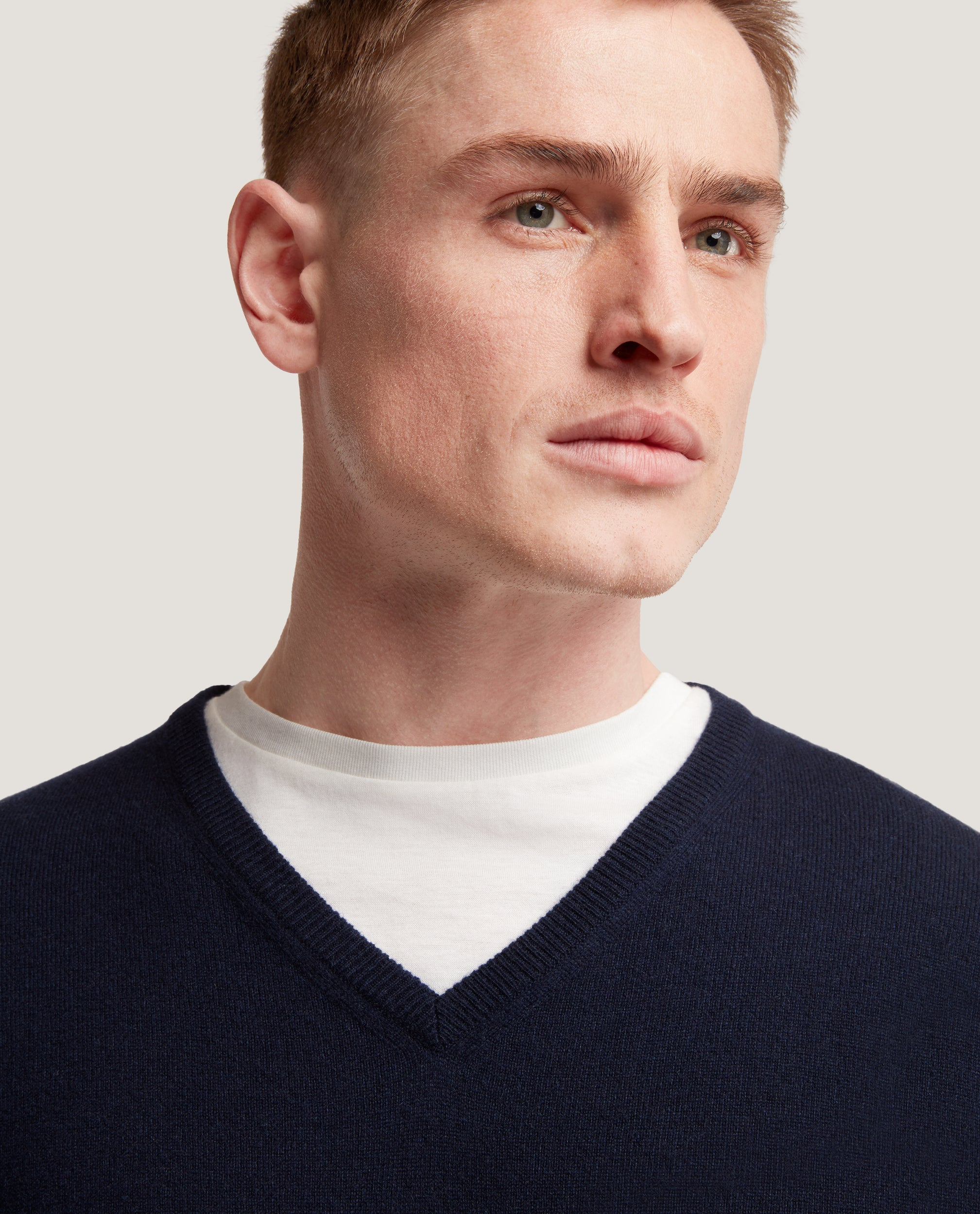 BRICE V-neck sweater | 100% Cashmere | Night Blue
