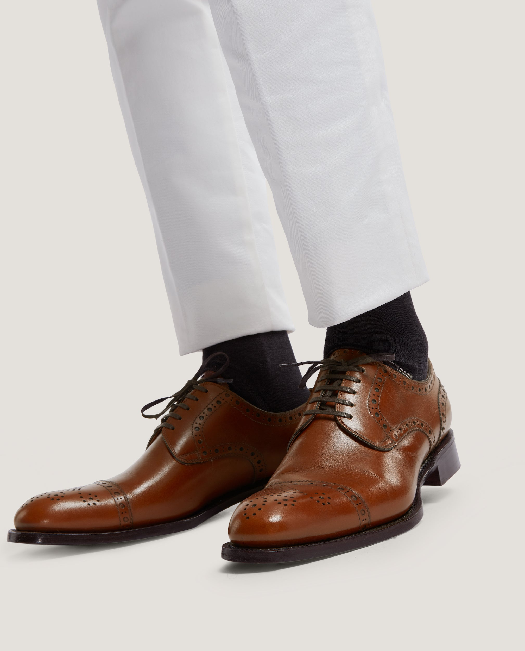 LOGAN Brogues